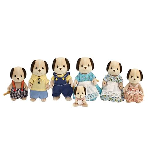 Sylvanian Celebration Beagle Dog Family - Toys