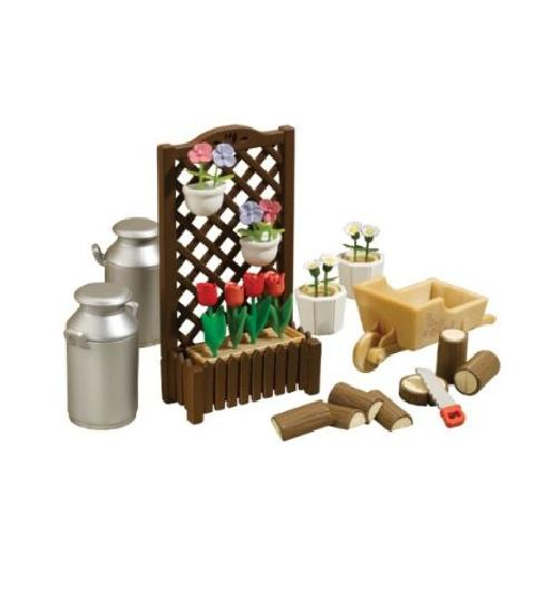 Sylvanian Families Farmyard Accessories Set - Toys